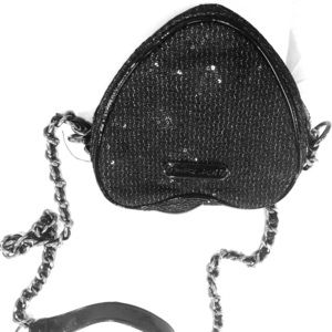 Betsy Johnson heard shapes shoulder bag never used